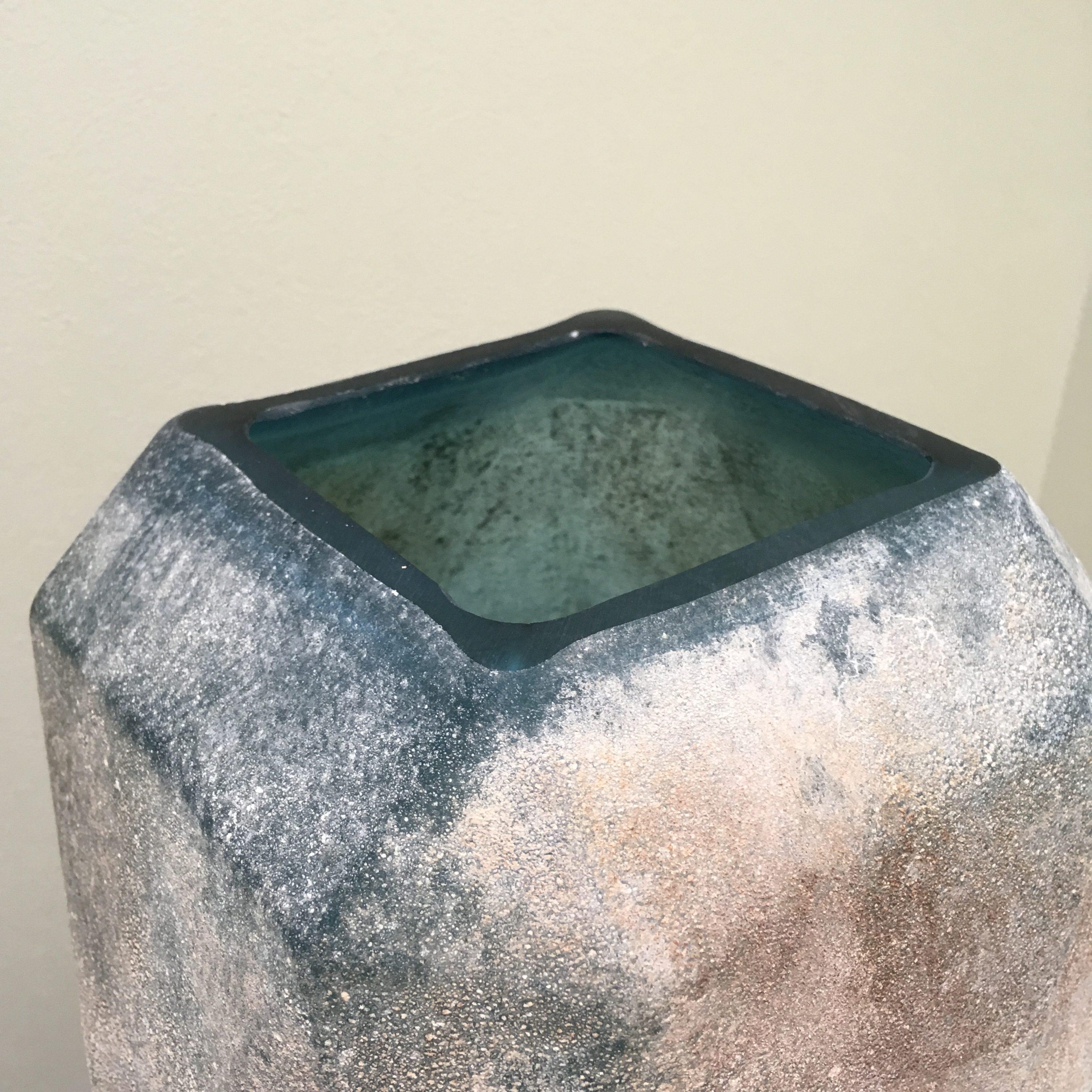 Dough blue geomatric glass