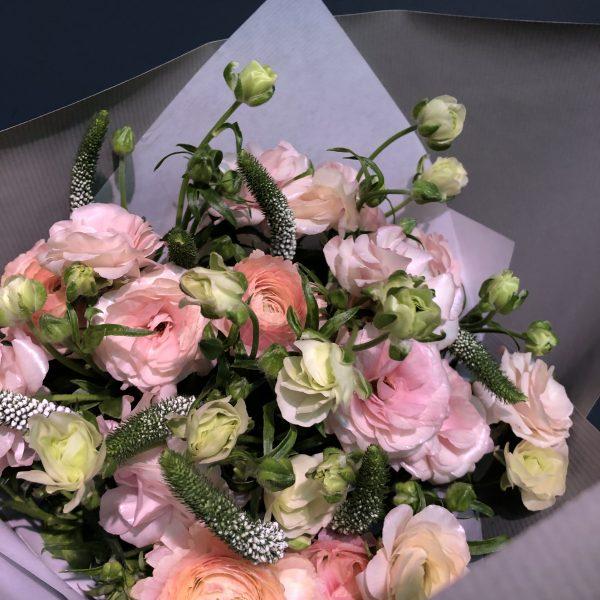 ラナンキュラスの花束
